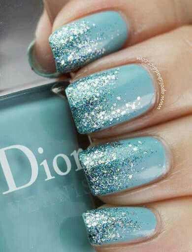 nail-art-azzurra