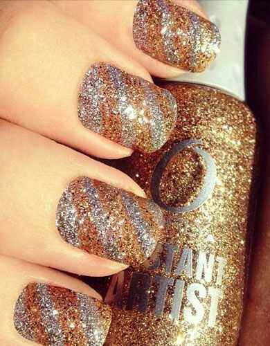 nail-art-natale-glitter