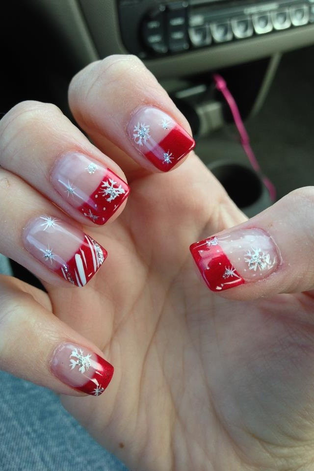 Nail art Natale fiocchi di neve french