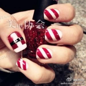 Nail art con Babbo Natale