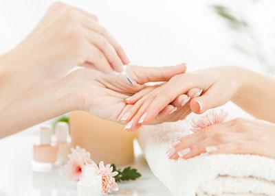 trucchi-per-rinforzare-le-unghie-in-modo-naturale