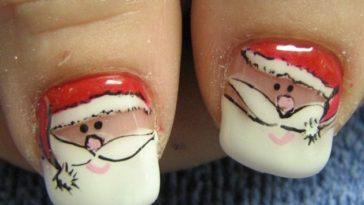 Nail art Babbo Natale